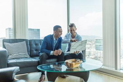 IT営業の年収はどれくらい?