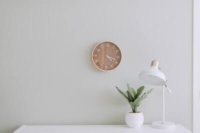 SIerの営業の「勤務時間と残業」